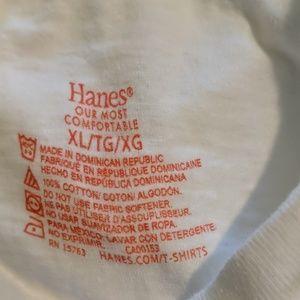 Hanes xl white t-shirts (men's}